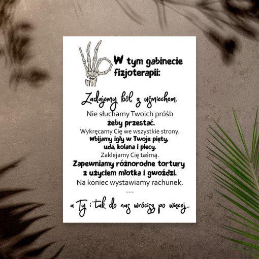 czarno-biały plakat do gabinetu fizjoterapii