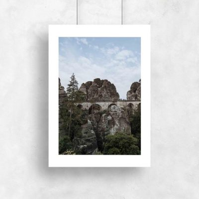 Plakat z formacją skalną do salonu