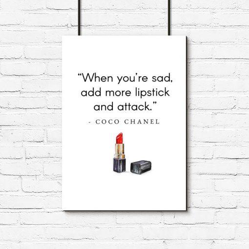 Plakat z cytatem Coco Chanel do pokoju