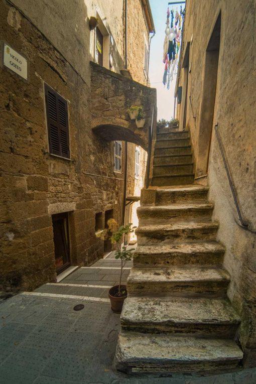 Obraz schody i wąskie uliczki