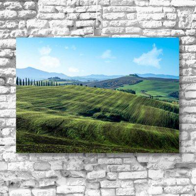 Kolorowy obraz z polskim krajobrazem do dekoracji salonu