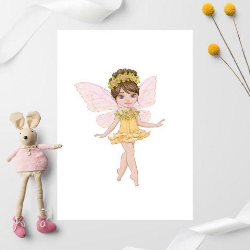 Plakat z wróżką w sukience z żółtego kwiatu do pokoju dziecięcego