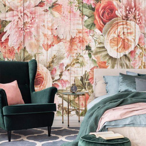 Tapeta z kwiatami na tle desek do ozdoby sypialni