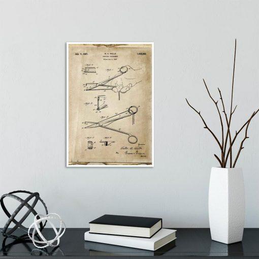Plakat z patentem na narzędzie chirurgiczne do szkoły