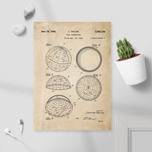 Plakat z patentem na urządzenie astronomiczne