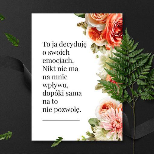 Plakat z motywem kwiatowym i typograficznymn